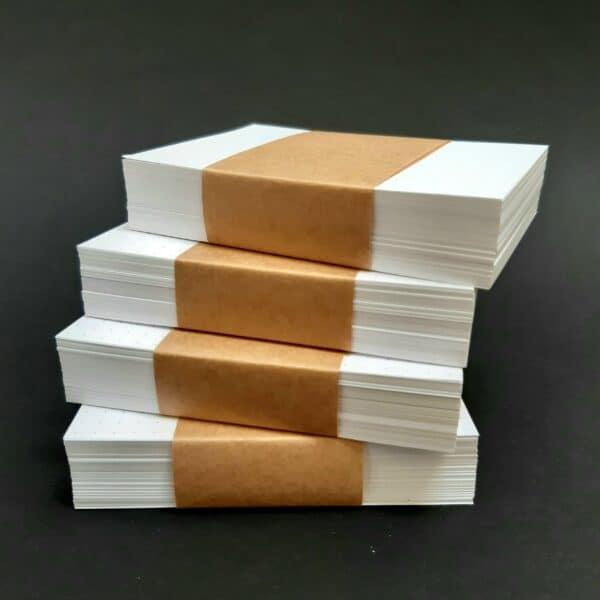 4 stapels kaarten met bullet journal stippen